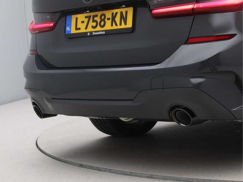 BMW 3 Serie Touring 320e High Exe M-Sport afbeelding 14