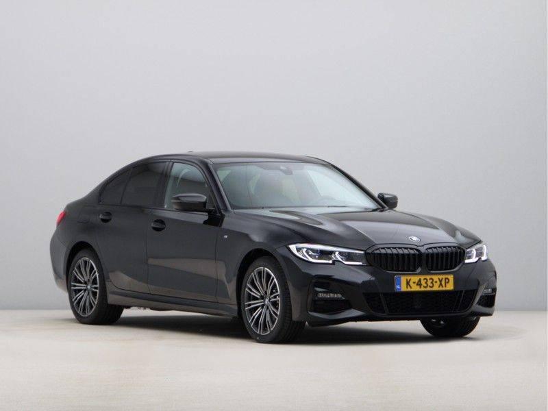 BMW 3 Serie 320e High Exe M-Sport Hybrid afbeelding 7