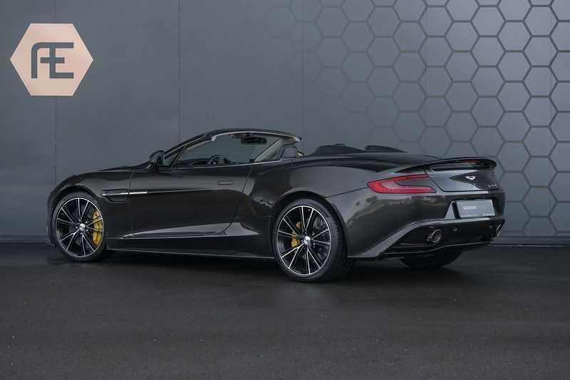 Aston Martin Vanquish Volante 6.0 V12 Touchtronic 2+2 1e eigenaar & NL Geleverd dealer onderhouden afbeelding 4