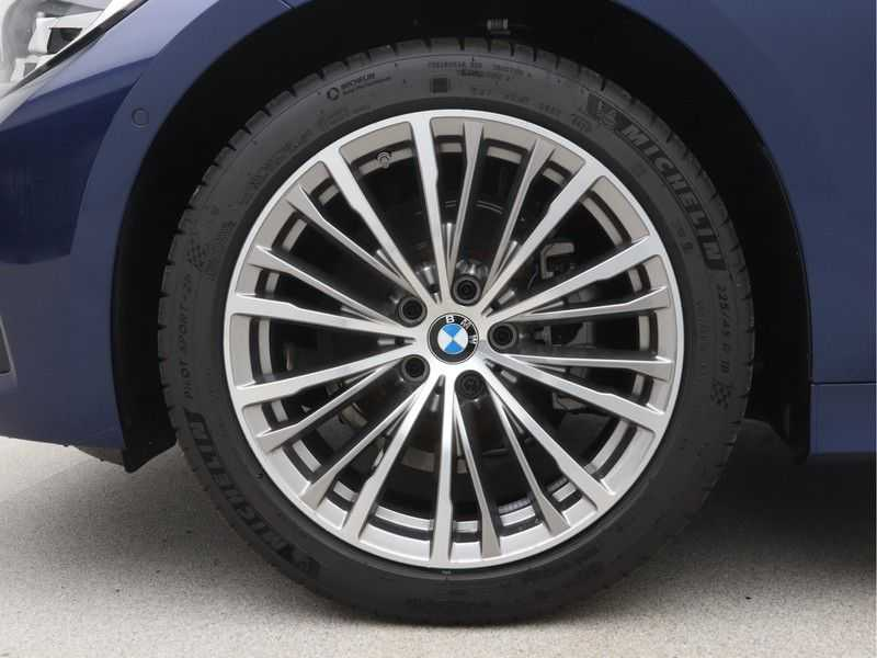 BMW 3 Serie Touring 318i High Executive Sport Line Automaat afbeelding 19