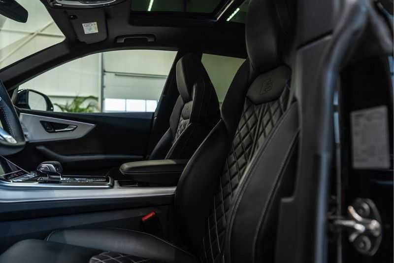 Audi Q8 55 TFSI quattro 3x S-line | PANO | 4 wielsturing | Tour | Trekhaak | Matrix LED | afbeelding 9