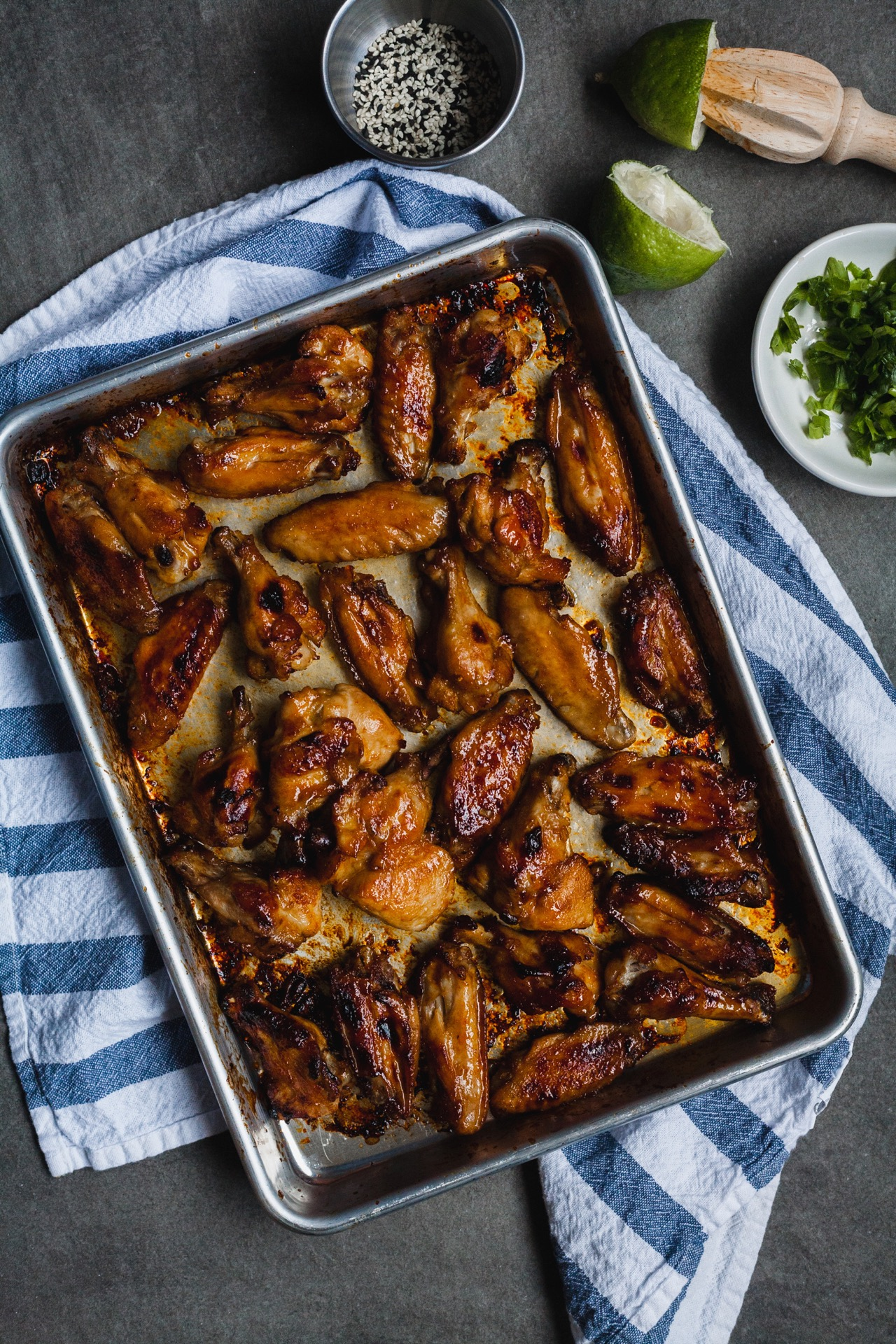 Sticky And Spicy Baked Chicken Wings