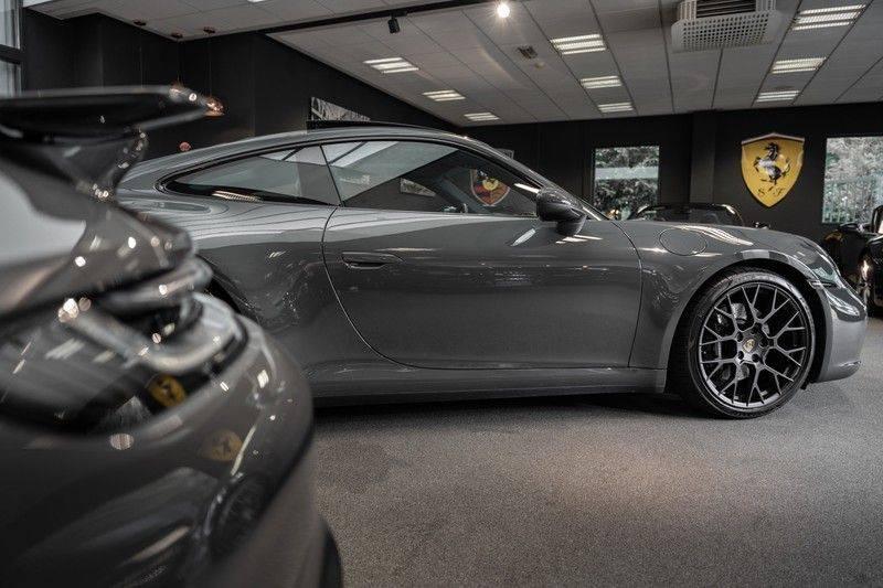 Porsche 911 992 4S PTS Schieffer Grau Slate Grey Sport Design Pakket 930 Leder vol Carbon 3.0 Carrera 4 S afbeelding 12