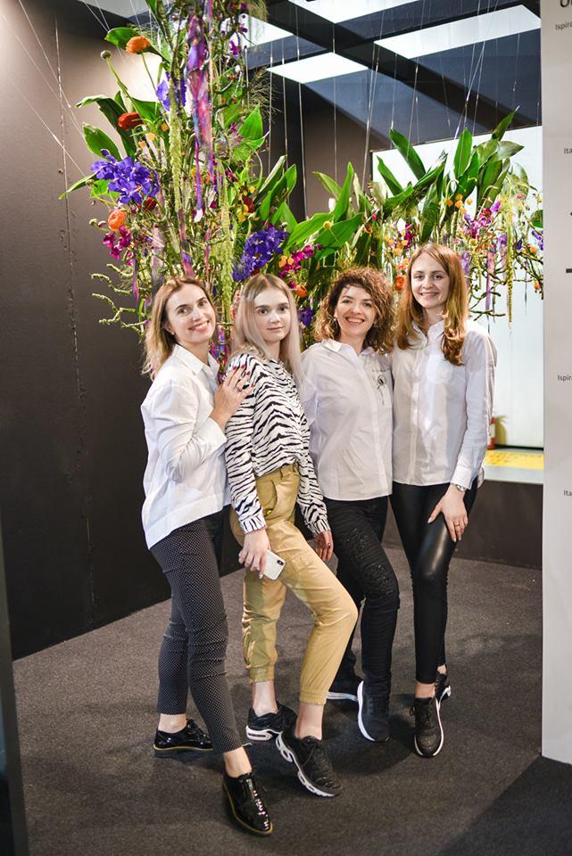 Флористы RozaAzora