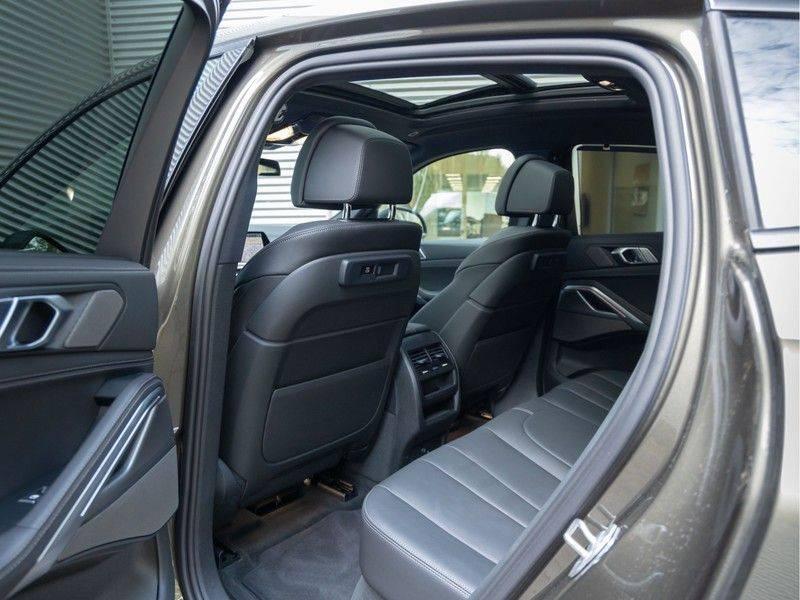 BMW X6 xDrive40i High Executive - M-Sport - Trekhaak - Head-up - Driving Ass Prof afbeelding 18