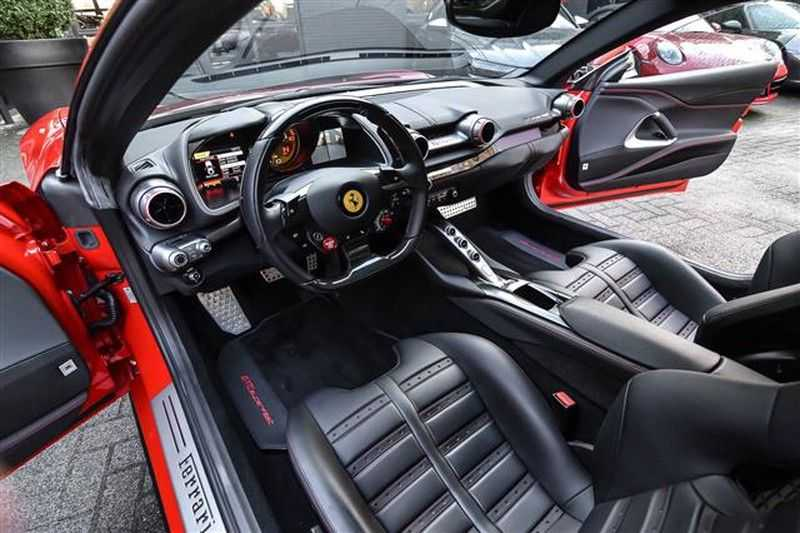Ferrari 812 SUPERFAST LIFT+CARBON SEAT+PASS.DISPLAY+LED STUUR afbeelding 15