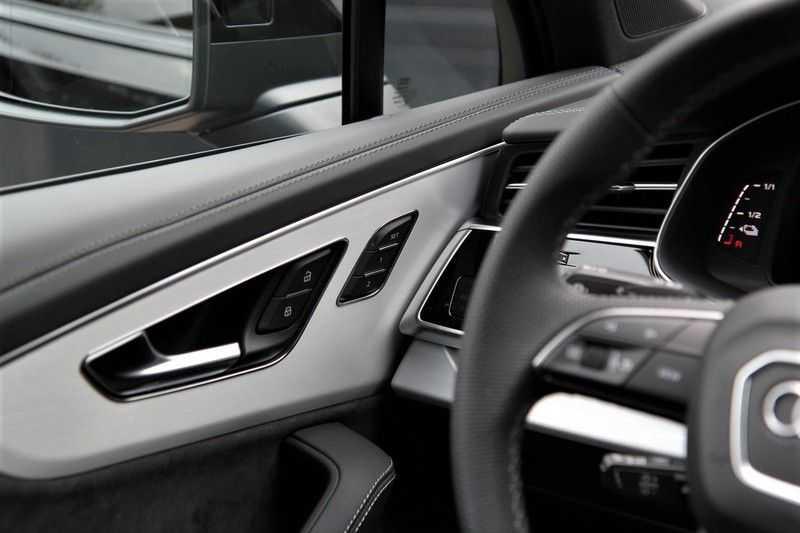 Audi Q7 60 TFSIe Competition PANO.DAK+TOPVIEW+S-STOELEN afbeelding 19