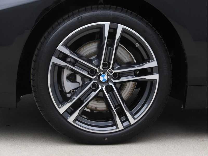 BMW 1 Serie 120i Exe Aut M-Sport 179 pk afbeelding 21