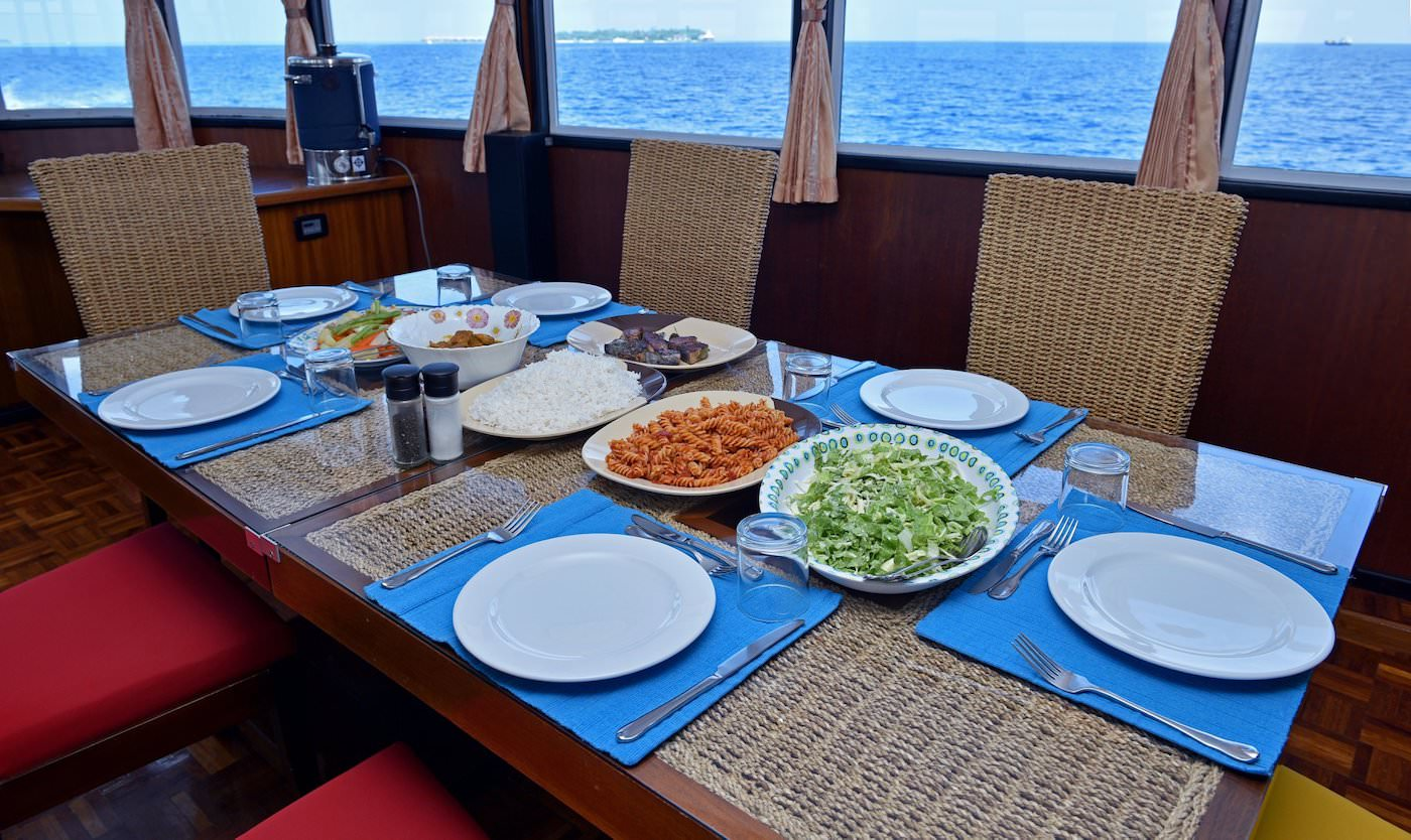 Horizon III Ocean Oasis Surf Charter Boat Maldives Dining
