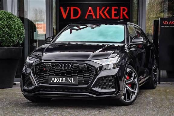 Audi RS Q8 DYNAMIC PLUS ALCANTARA+PANO.DAK+HEADUP NP.267K