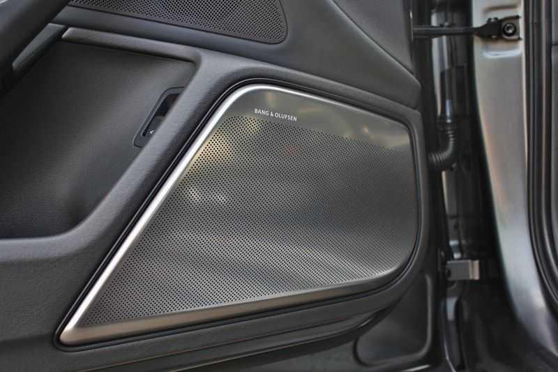Audi RS6 4.0 V8 560pk Quattro **Carbon in.ext./HUD/Pano.dak/ACC/Bang.Olufsen** afbeelding 17