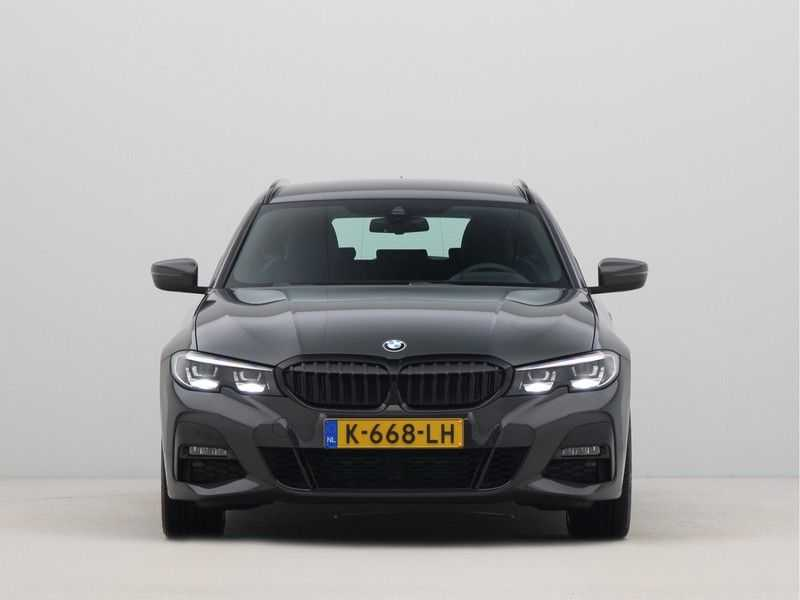 BMW 3 Serie Touring 318i High Executive M-Sport Automaat afbeelding 9
