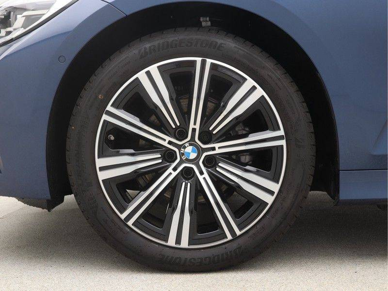BMW 3 Serie Touring 318i Executive Edition Sport Line Automaat afbeelding 20