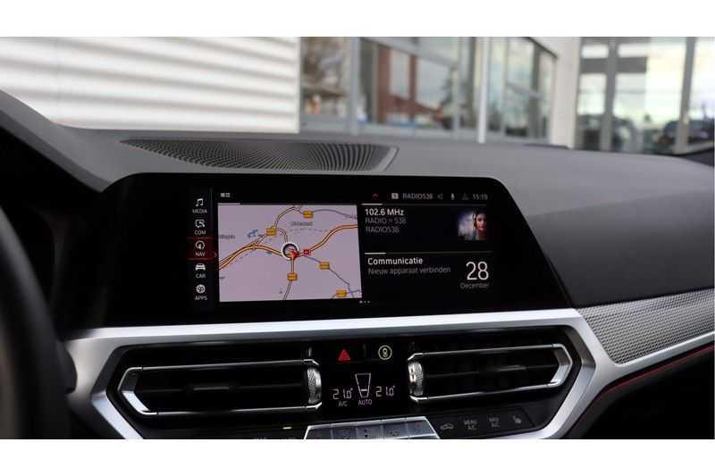 BMW 3 Serie 320i High Executive M Sport, Harman/Kardon, Live Cockpit Professional afbeelding 11