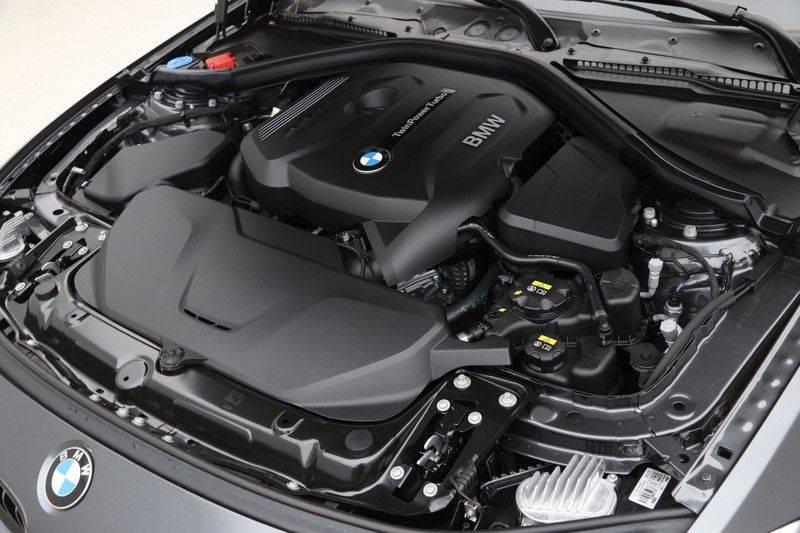 BMW 4 Serie Gran Coupé 420i High Executive M-sport afbeelding 4