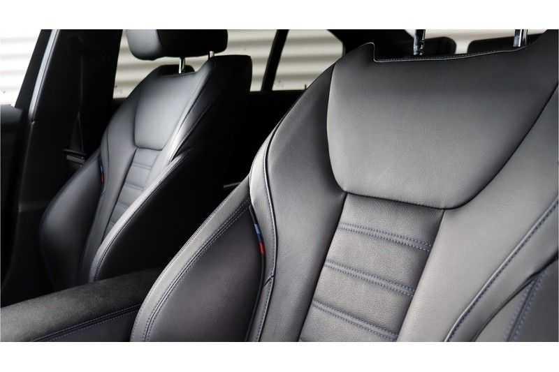 BMW 3 Serie 330i High Executive M-Sport Leder, Schuifdak, Harman/Kardon afbeelding 22