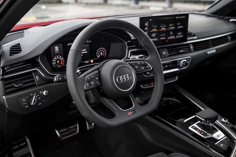 Audi A4 Avant 2.9 TFSI RS4 quattro | 450PK | Sportonderstel Plus | Panoramadak | Inleg Carbon | B&O | Sportdifferentieel | Head-up afbeelding 24