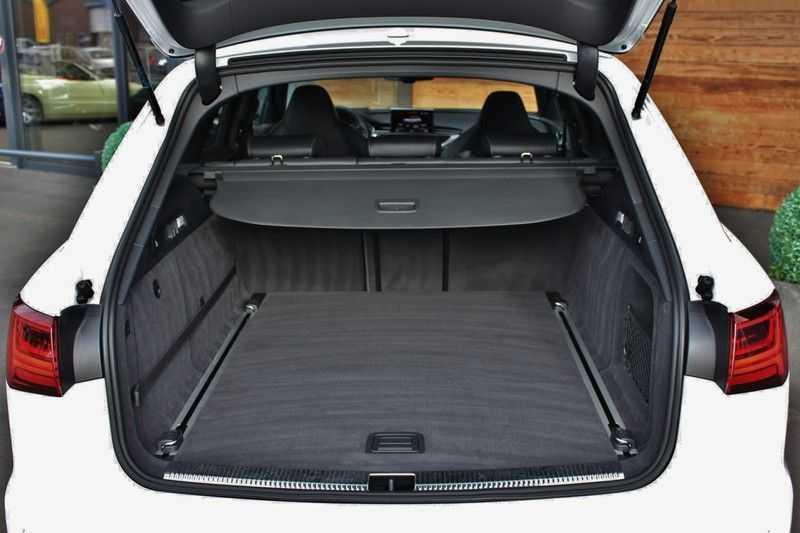 Audi RS6 4.0 V8 605pk Performance Quattro **Pan.dak/HUD/ACC/Camera/Carbon** afbeelding 6