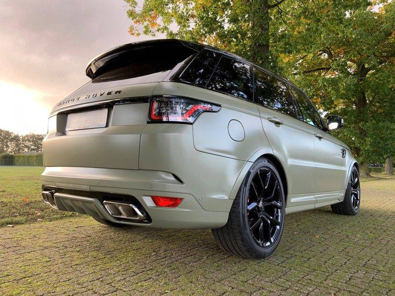 "Land Rover Range Rover Sport P575 SVR 'Solid Gloss Avocado' Carbon SVR motorkap + Drive Pro Pack + Panoramadak + 22"" + Stoelkoeling + Head-Up + Stuurwielverwarming + Carbon interieur afbeelding 9"