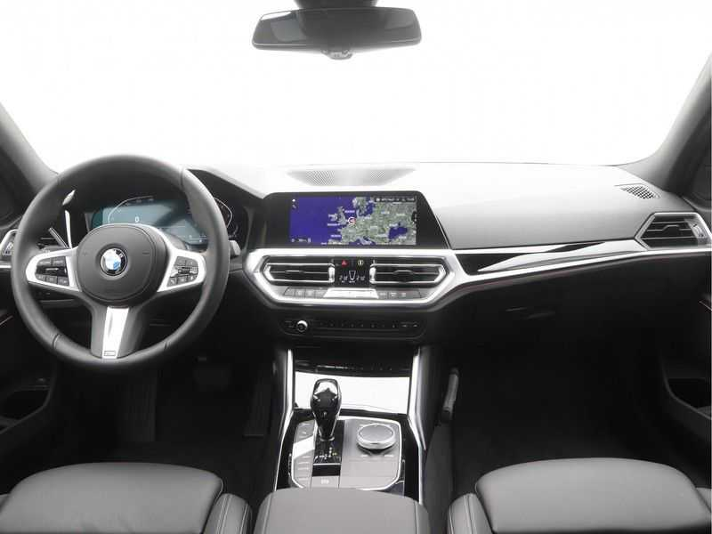 BMW 3 Serie Touring 318i High Executive Sport Line Automaat afbeelding 17