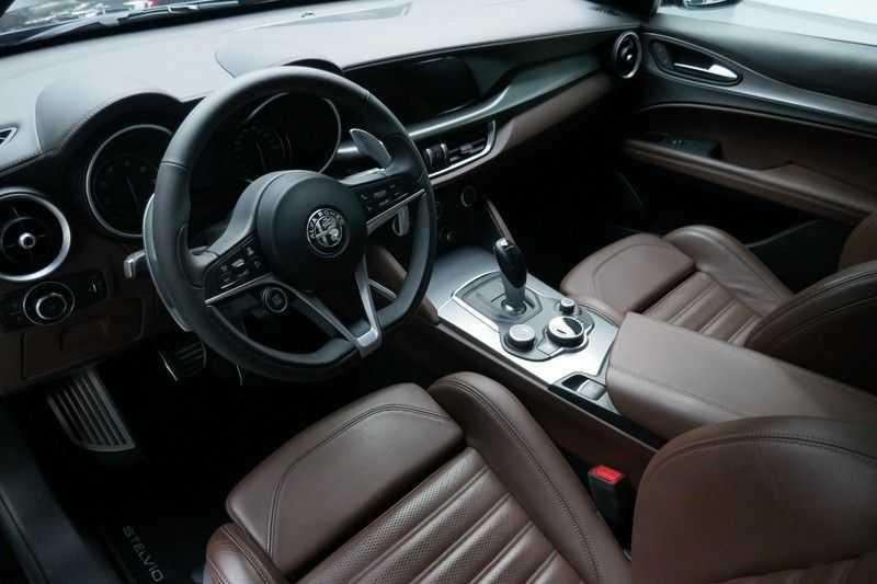 Alfa Romeo Stelvio 2.0 T AWD Q4 Special Edition afbeelding 18