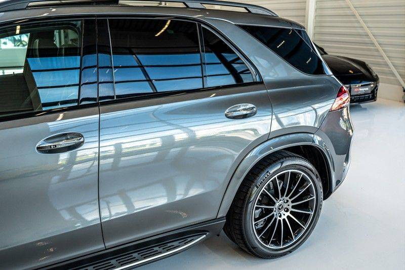 Mercedes-Benz GLE 450 4MATIC AMG   Panorama   Head-up Display   Memory   Burmester   Luchtvering   NP €140.000 afbeelding 7
