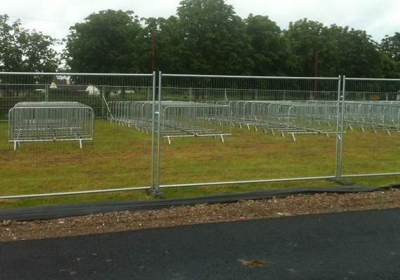 Heavy duty anti climb smartweld fence