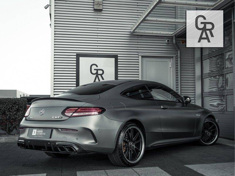 Mercedes-Benz C-Klasse C63 S AMG-klasse 63 AMG S afbeelding 4