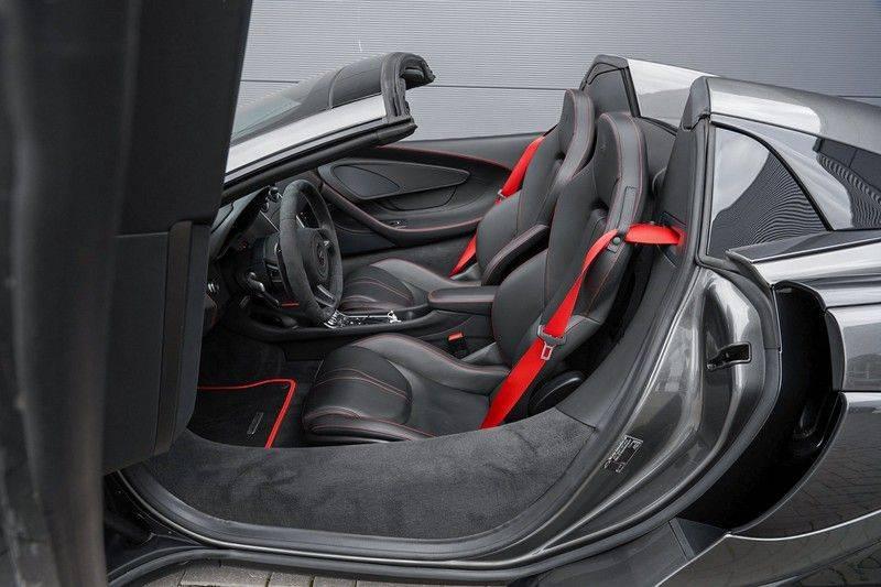 McLaren 570S Spider 3.8 V8 Noselift Camera Carbon Fiber afbeelding 3