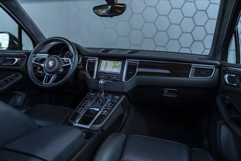 Porsche Macan Turbo + 47dkm! + Alcantara Hemel 400PK afbeelding 3