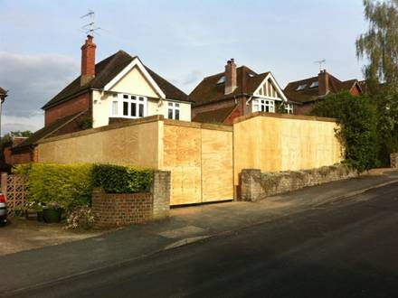Temporary Hoarding for Two Properties in Guildford