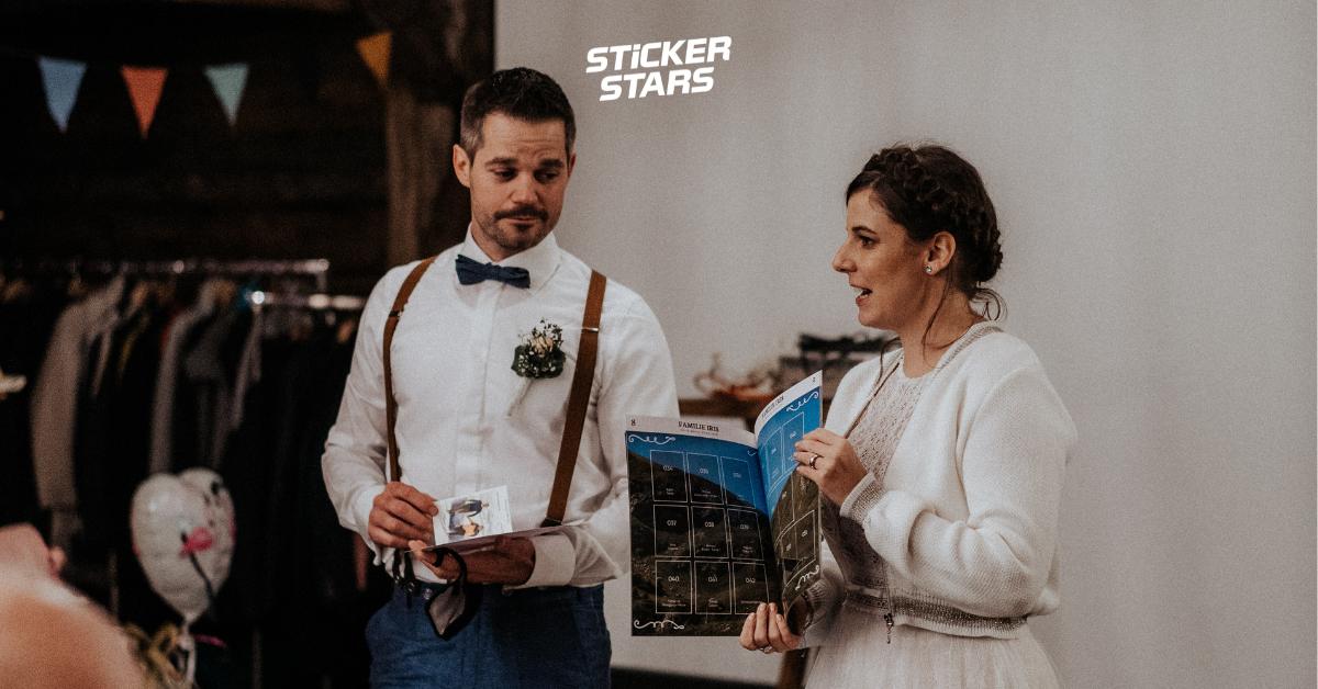 Stickeralbum zur Hochzeit: Dieses Paar berichtet