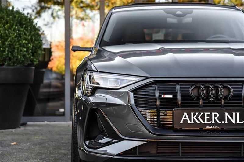 Audi e-tron SPORTBACK 55 QUATTRO S-EDITION HEAD-UP+22INCH afbeelding 18