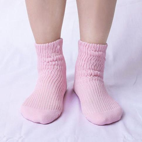 肌側シルクうるおい二重編靴下4