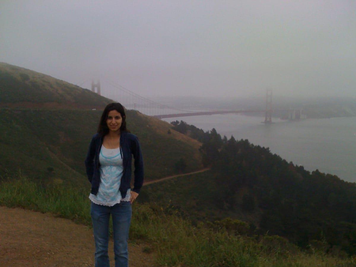 mariam by the bridge
