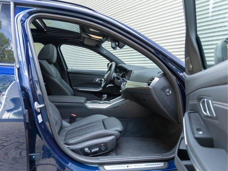 BMW 3 Serie Touring M340i xDrive Individual - Head-up - ACC - Harman Kardon - Panorama afbeelding 14