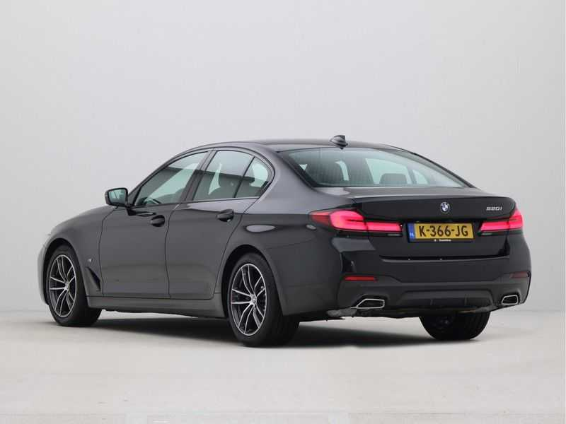 BMW 5 Serie Sedan 520i High Executive M-Sport Automaat afbeelding 10