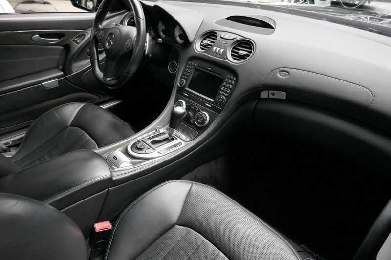 Mercedes-Benz SL-Klasse 63 AMG Performance Package - Carbon afbeelding 23