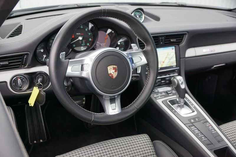 Porsche 911 3.8 Carrera S 50th Anniversary Edition afbeelding 2
