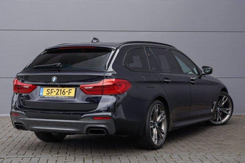 """BMW 5 Serie M550d X-Drive M-Pakket Shadow B&W Camera 360° Massage 20"""" afbeelding 11"""