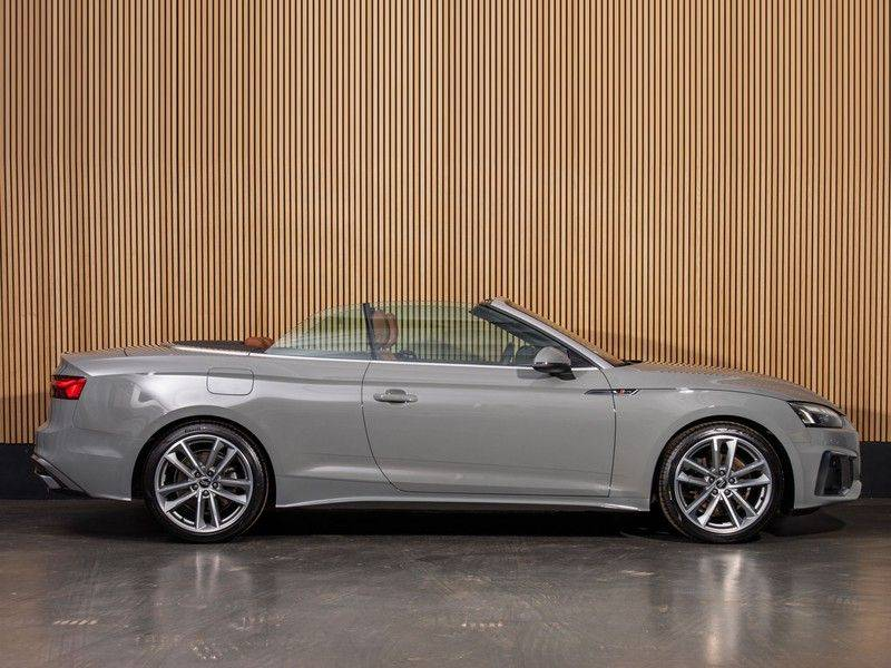 Audi A5 Cabriolet 40 TFSI Aut. S-LINE afbeelding 3