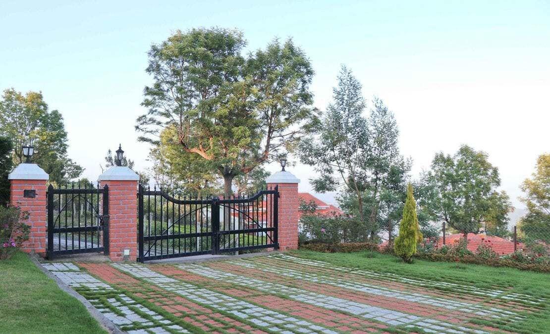 Entrance to the house at Sua Serenitea