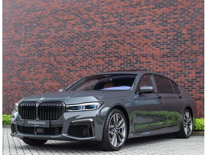 BMW 7 Serie M760Li xDrive *Dravit grey*Executive seats*Sky Lounge*Full option* afbeelding 5