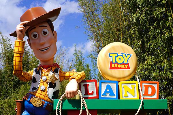 hotel disneyland tematizado Toy Story