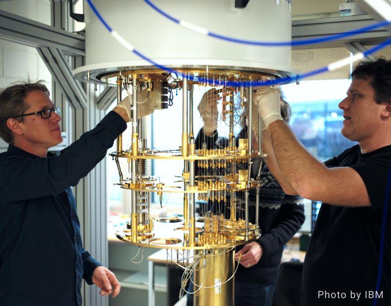 Building a Quantum Computer