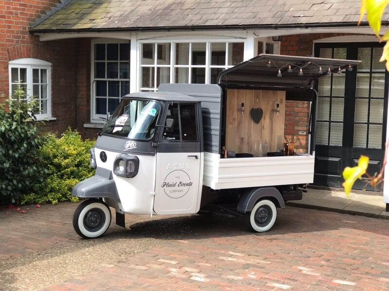 Flo The Fluid Events Prosecco Van
