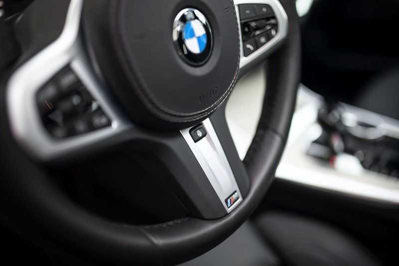 BMW X5 M50d High Executive *Pano / Standkachel / Laserlight / Head-Up* afbeelding 14