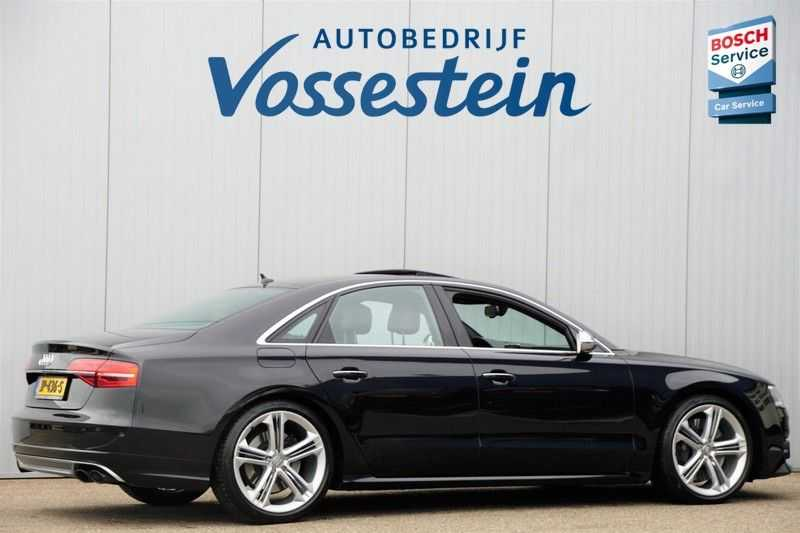 Audi S8 4.0 TFSI quattro Pro Line+ / B&O / Nightvision / Side- & Lane assist / Schuifdak / Head-Up afbeelding 5