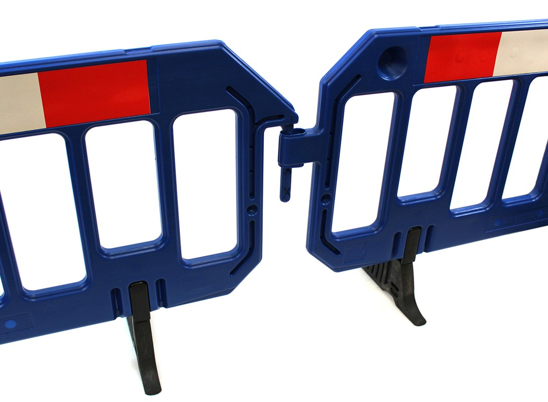 Blue Chapter 8 Barriers Front On Connected