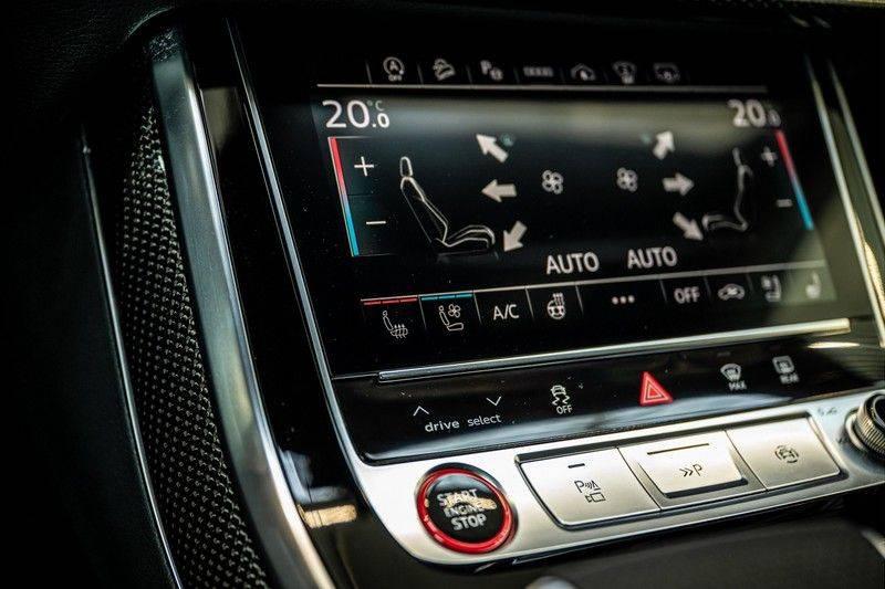 Audi SQ8 4.0 TFSI quattro | Bang & Olufsen | HUD | Leder valcona met ruit | Stoel massage | Alcantara | Nachtzicht | PANO | afbeelding 22
